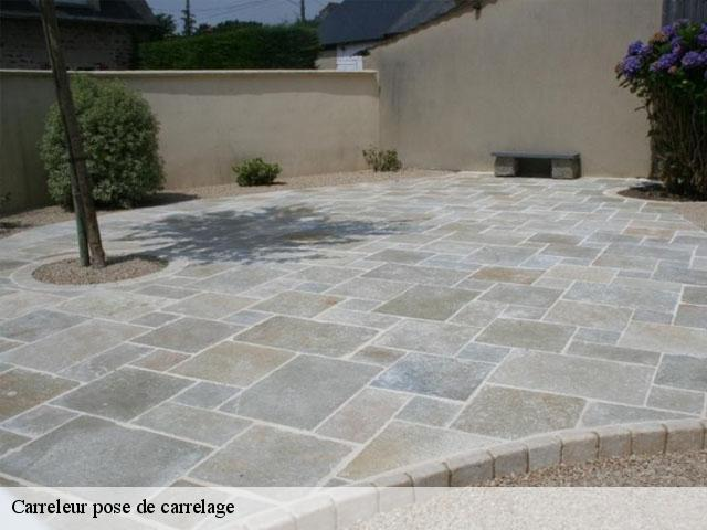 Pose de carrelage  77970